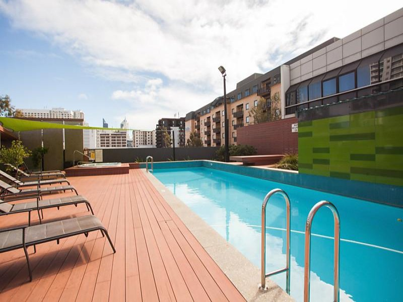 Pool Chairs Viscount Apartment From The Duke 39 S Apartments